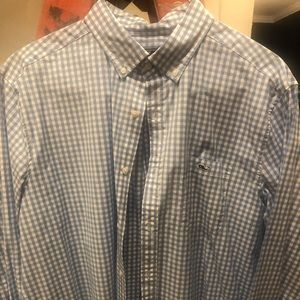 Men's Vineyard Vines Size XL button down shirt